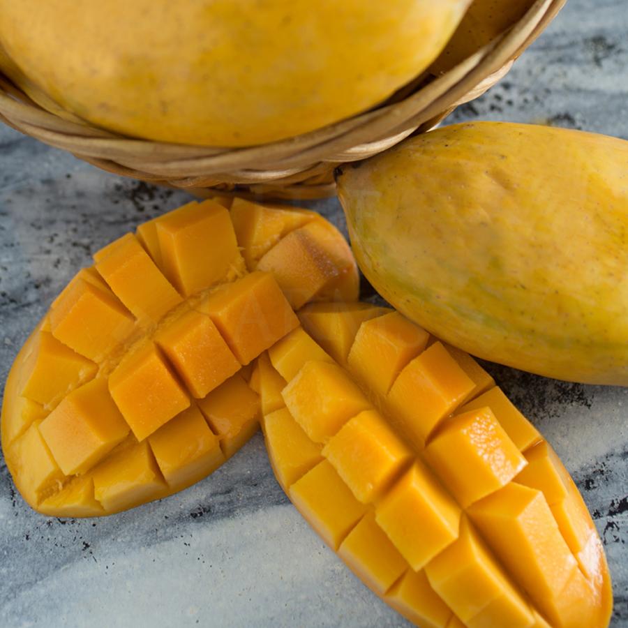 Premium quality fresh & juicy Chaunsa mango fruit 5KG box from Multan  Pakistan